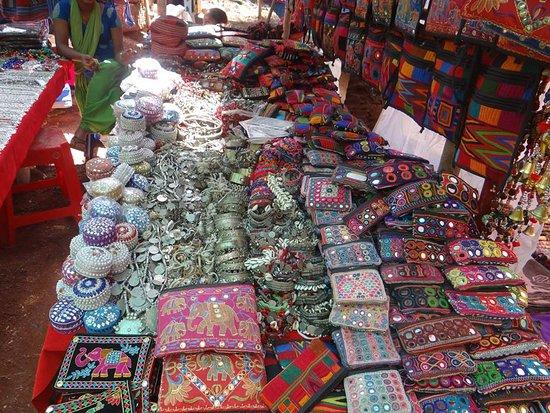 Anjuna-Flea-Market-Panji-Goa