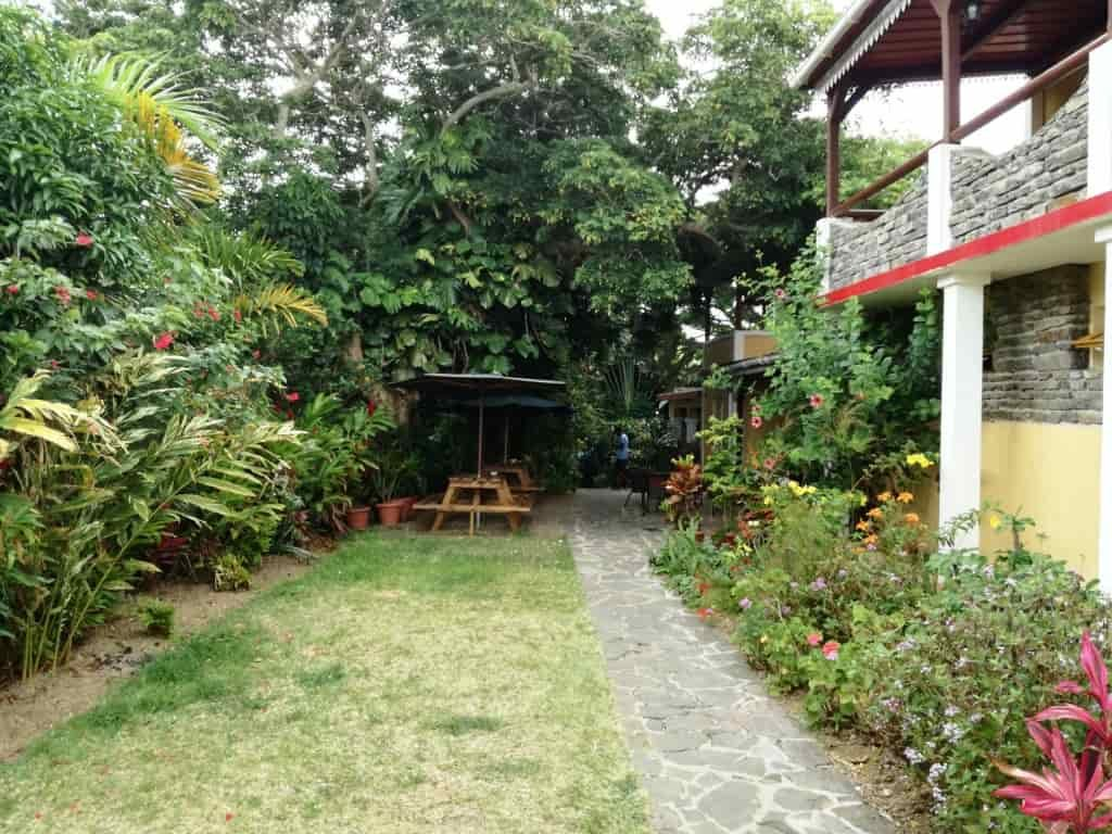 Garden-of-Five-Senses-delhi-india