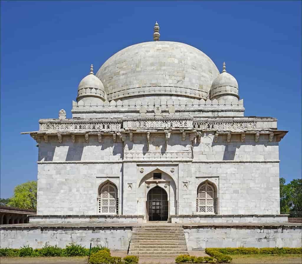 Hoshang-Shahs-Tomb-Mandu