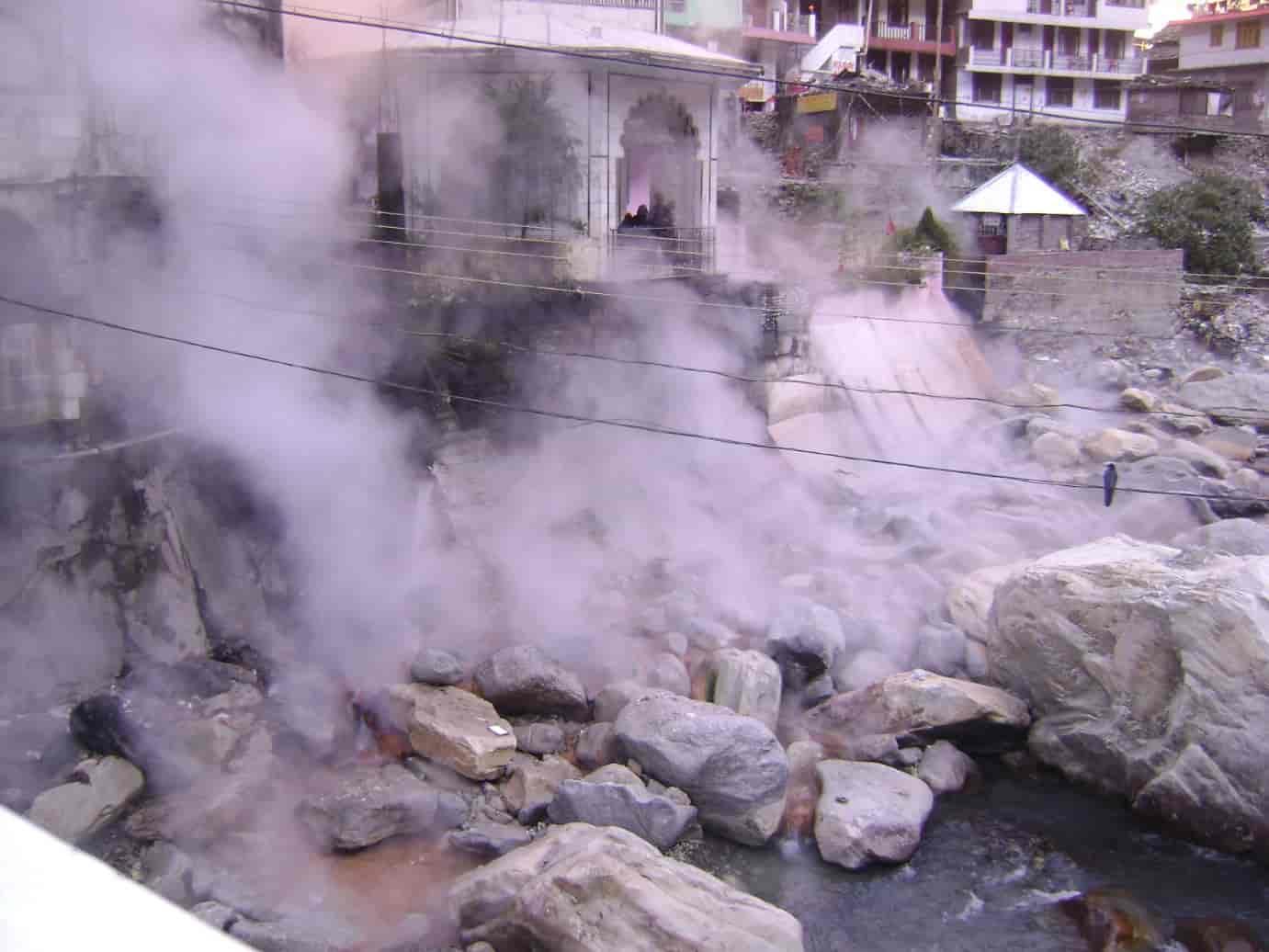 Manikaran-Hot-Spring-is-situated-inside-the-holy-Manikaran-Sahib-Gurudwara