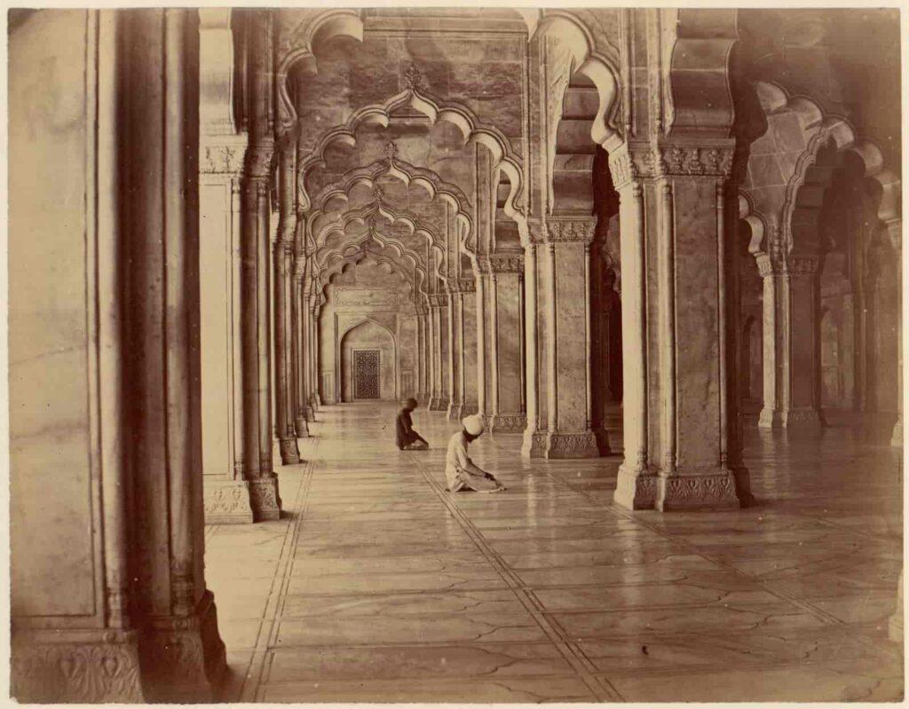 Moti-Masjid