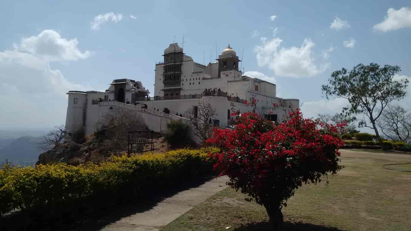 The-Monsoon-Palace-Udaipur