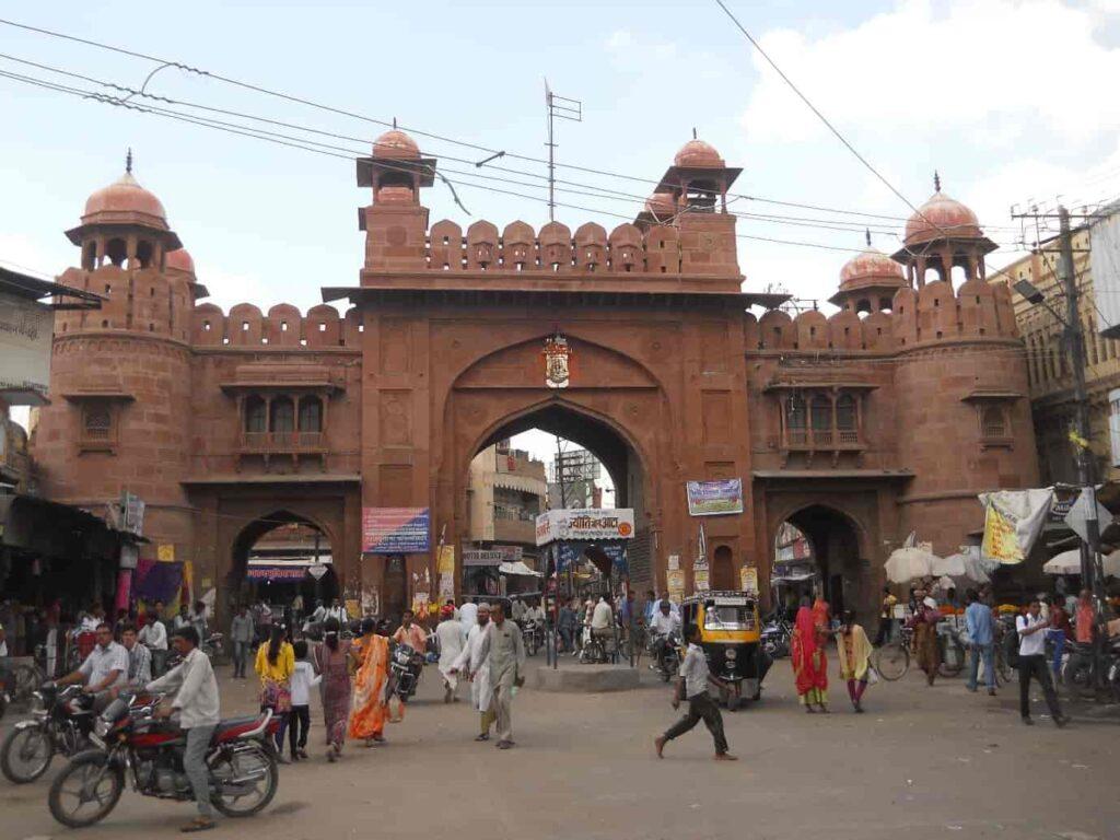 Shop-at-local-markets-Kote-Gate-and-Station-Road-Bikaner