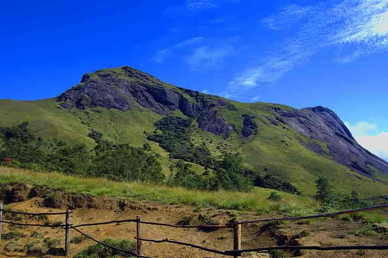 Anamudi-is-the-highest-peak-of-South-India