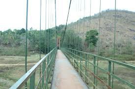 Ayyapancoil-Hanging-Bridge-is-an-engineering-wonder-built-between-Kuttikkanam-and-Kattappana-road-is-an-Idukki-destination