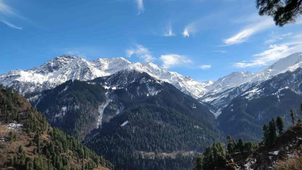 Beautiful-View-of-Kasol-and-Manikaran-are-two-small-villages-in-the-state-of-Himachal-Pradesh