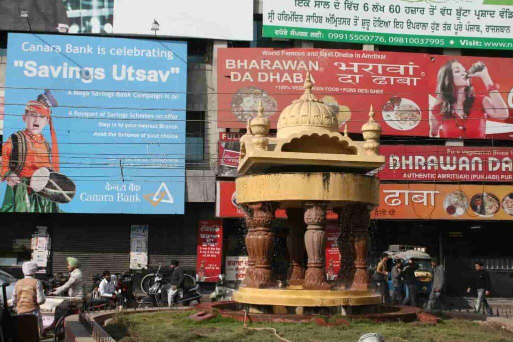 Bharawan-Da-Dhaba-Restaurant-Amritsar
