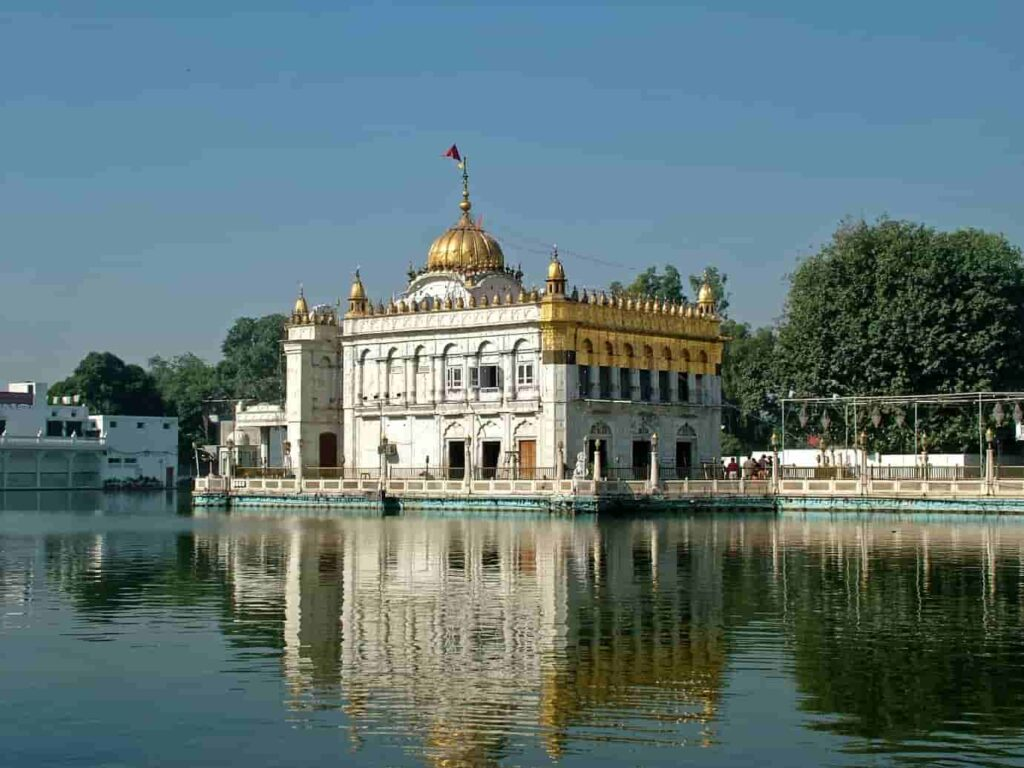 Durgiana-Temple-is-also-known-as-Laxmi-Narayan-Temple-One-of-the-best-Places-to-Visit-in-Amritsar