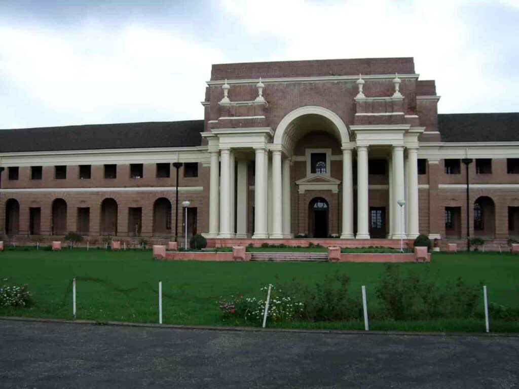 Forest-Research-Institute-is-one-of-the-best-places-to-visit-in-Dehradun