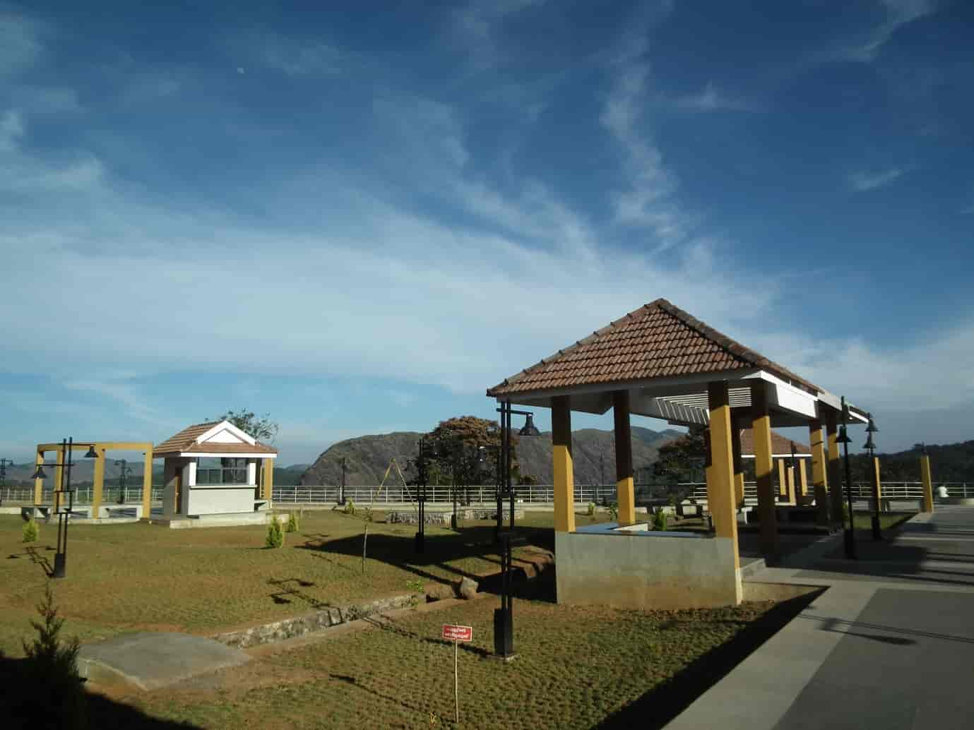 Hill-View-Park-is-one-of-the-beautiful-location-the-arched-dam-cluster-of-destinations-offers-in-idukki