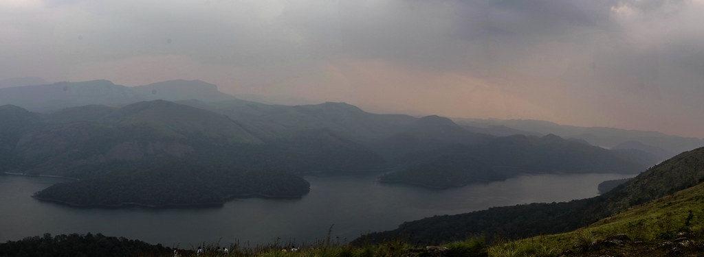 Kalvari-Mount-Idukki-near-Arch-Dam-and-gives-breathtaking-views-of-the-reservoir