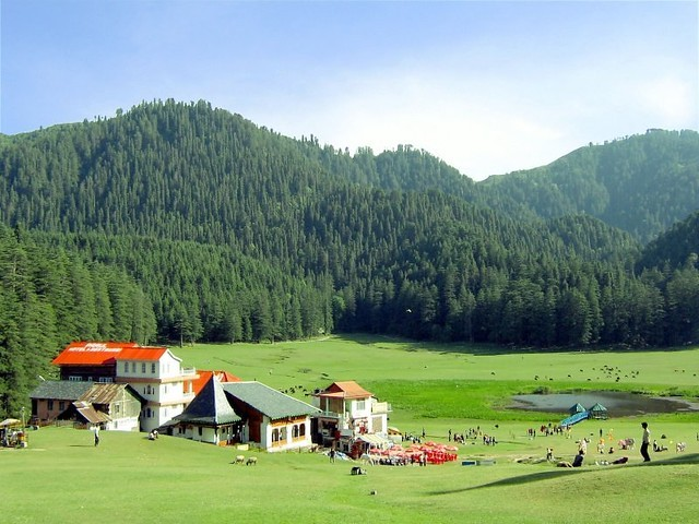Khajjiar-is-a-town-nestled-near-Dalhousie.-It-is-famous-for-the-splendid-natural-beauty-it-offers
