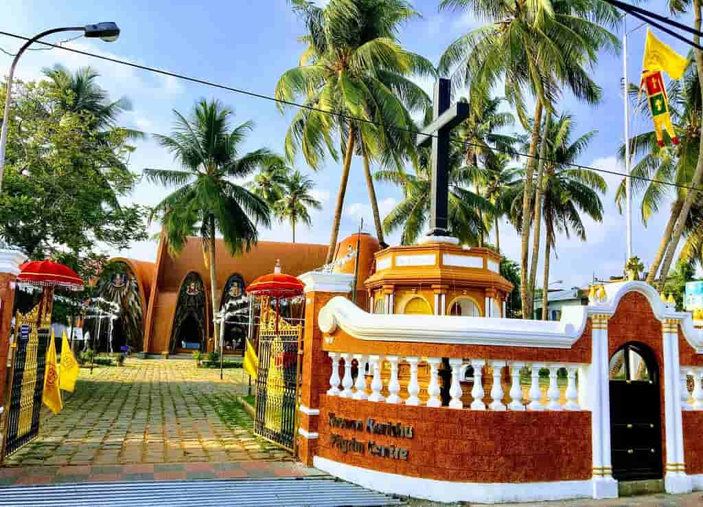 Kochi-is-a-port-city-and-is-the-financial-capital-of-Kerala-and-is-also-known-as-the-'Queen-Of-the-Arabian-Sea
