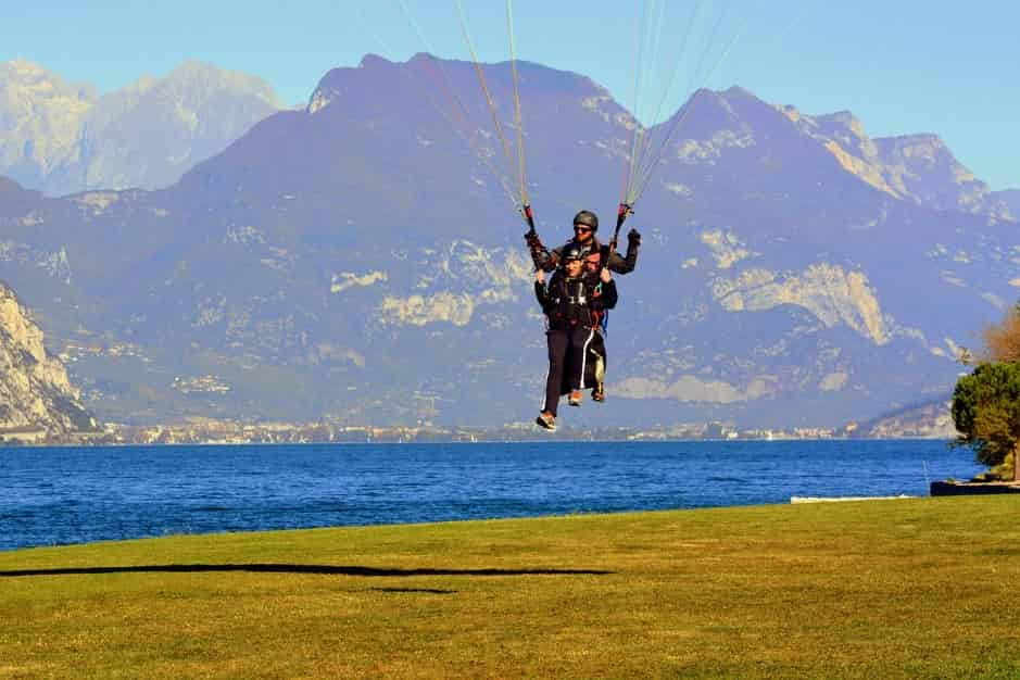 Paragliding-Take-off-into-the-endless-skies-one-of-the-best-things-to-do-in-Dehradun