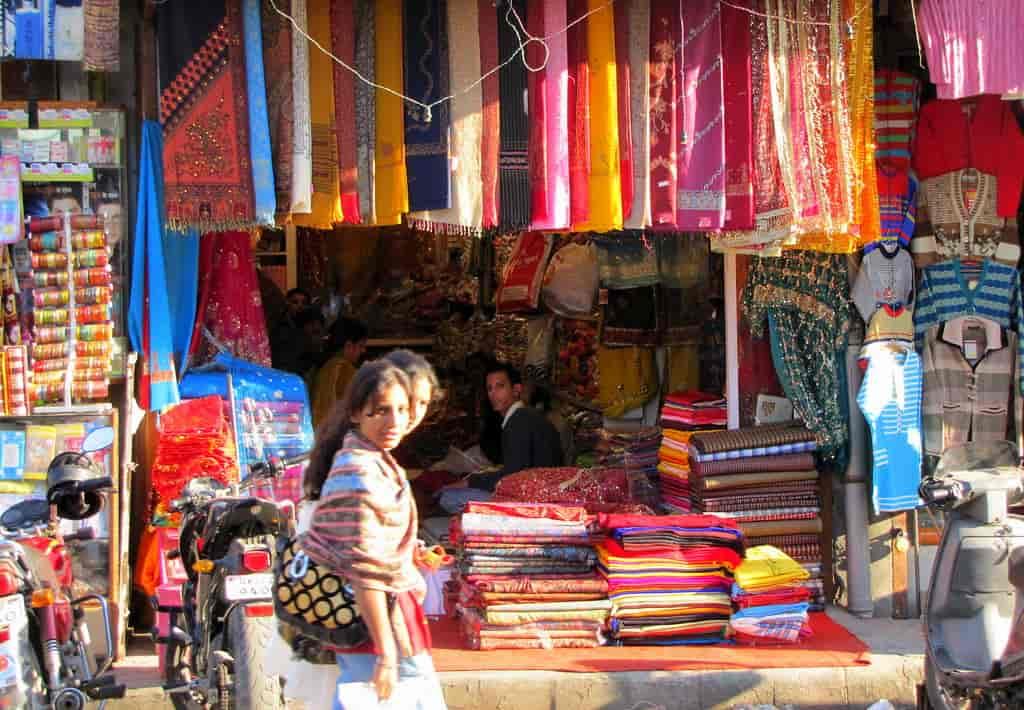 Shop-to-your-hearts-content-in-Paltan-Bazaar-and-Indira-Bazaar-in-Dehradun