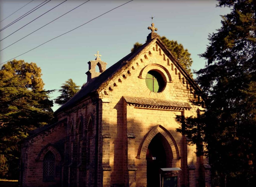 St.-Mary's-Church-was-established-in-1895-but-was-closed-in-1947.-After-a-few-years-it-was-converted-into-a-museum-by-Garhwali-Rifles-Regimental-Centre