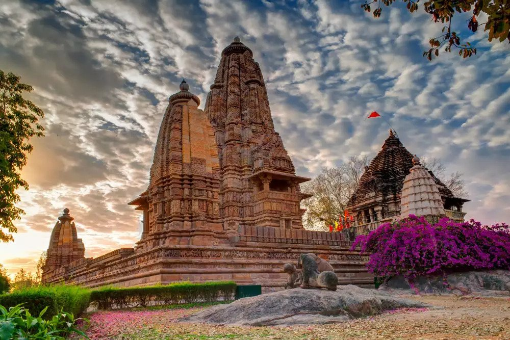 Travel Khajuraho Temple History
